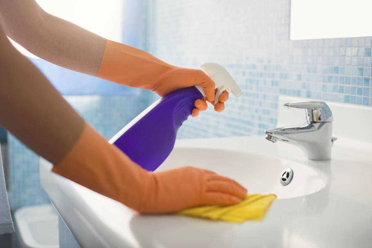 7 Cosas Que Seguro Que No Sab As Del Amoniaco Limpirsa ~ Trucos Para Limpiar Azulejos Del Baño